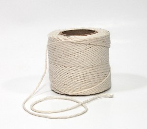 680px-Spool_of_string